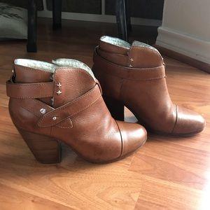 Tan rag&bone Harrow ankle bootie sz35